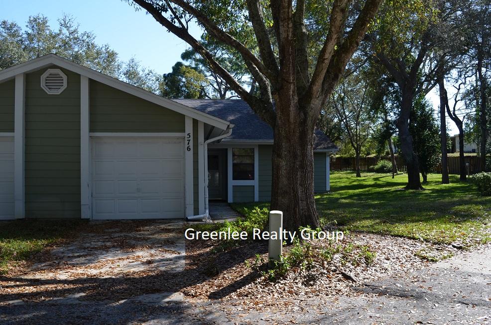 39650 US HWY 19 N. APT. 576, Tarpon Springs, FL 34689